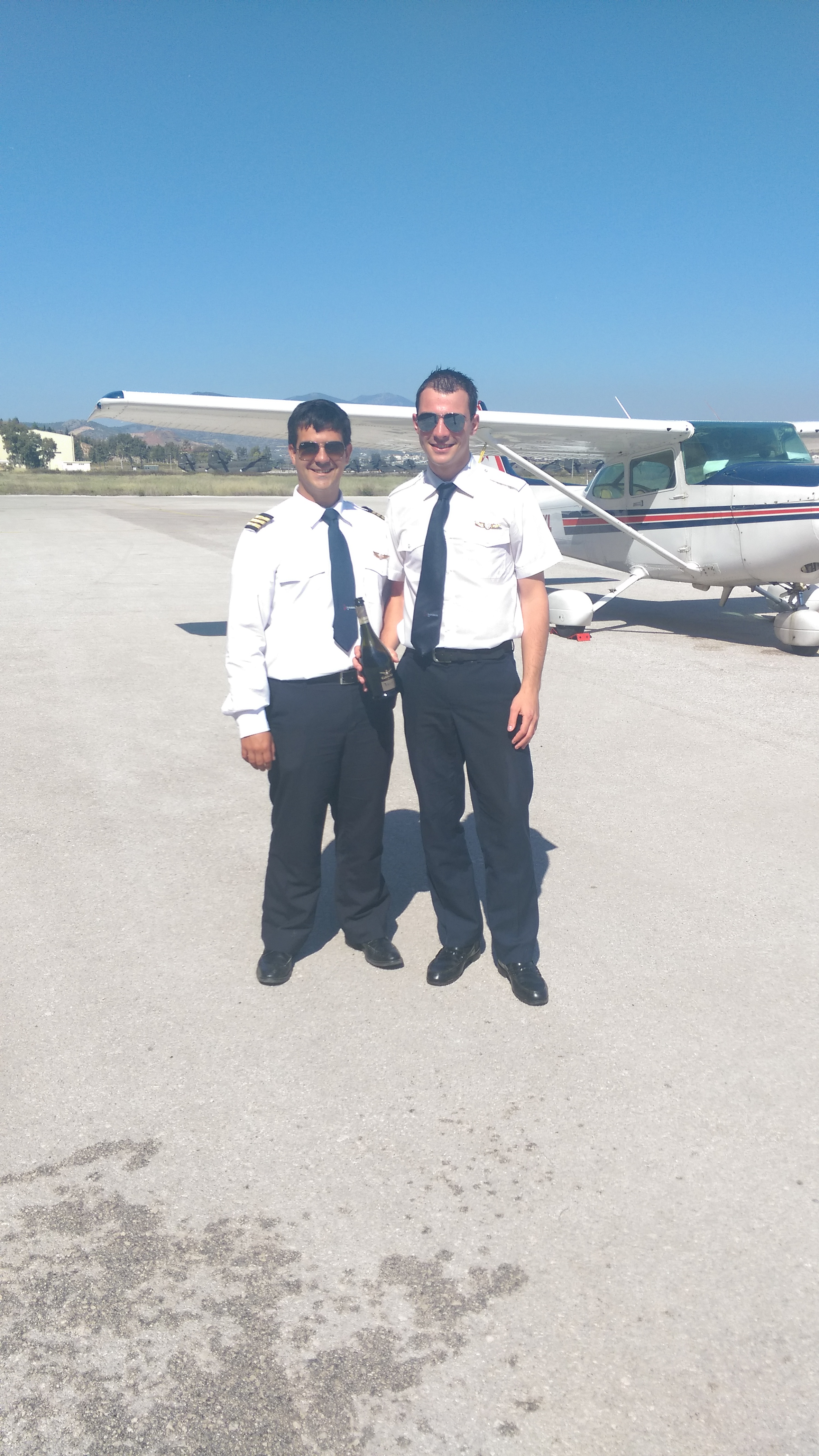 One more solo flight was successfully completed. This time for Mr. Antonopoulos Paris!